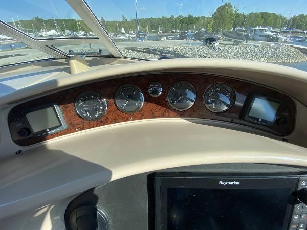 2002 Sea Ray 480 Motor Yacht Photo 23 of 68