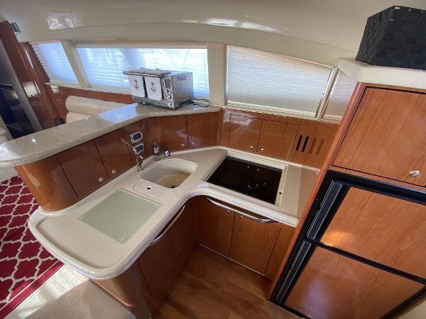 2002 Sea Ray 480 Motor Yacht Photo 44 of 68