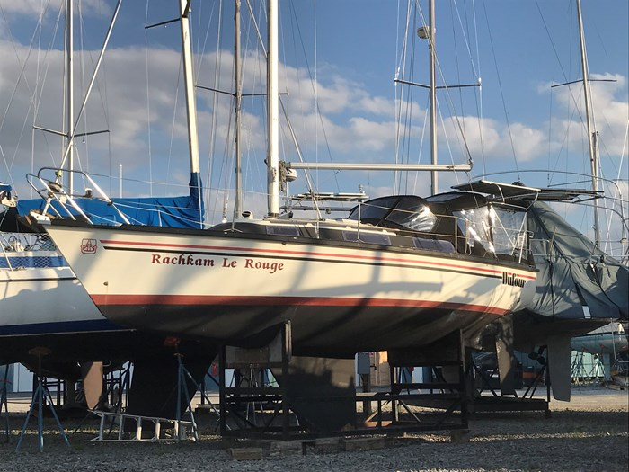 1984 Dufour Yachts 3800 Photo 1 of 13