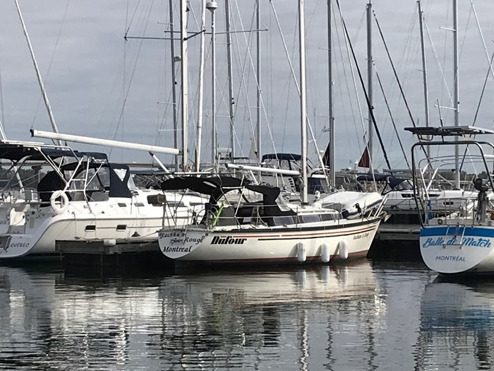 1984 Dufour Yachts 3800 Photo 2 of 13