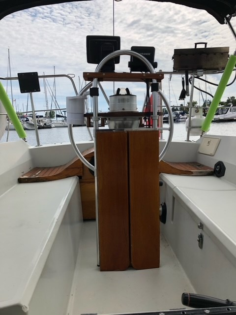 1984 Dufour Yachts 3800 Photo 12 of 13