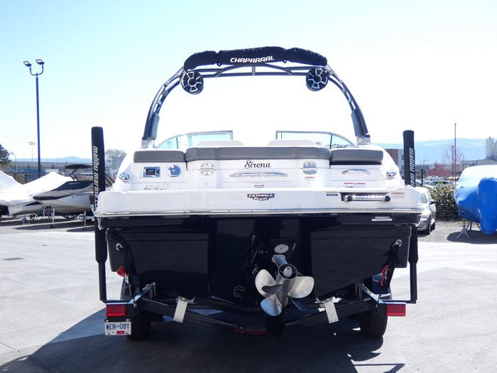 2018 Chaparral 246 SSI Deluxe Photo 3 of 24