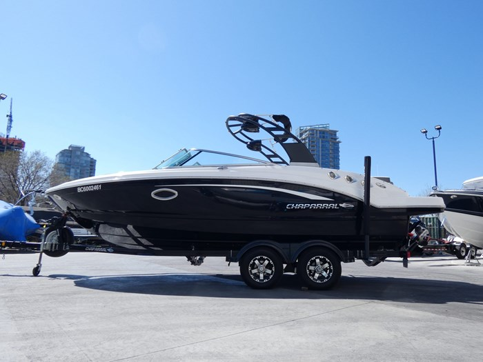 2018 Chaparral 246 SSI Deluxe Photo 1 of 24