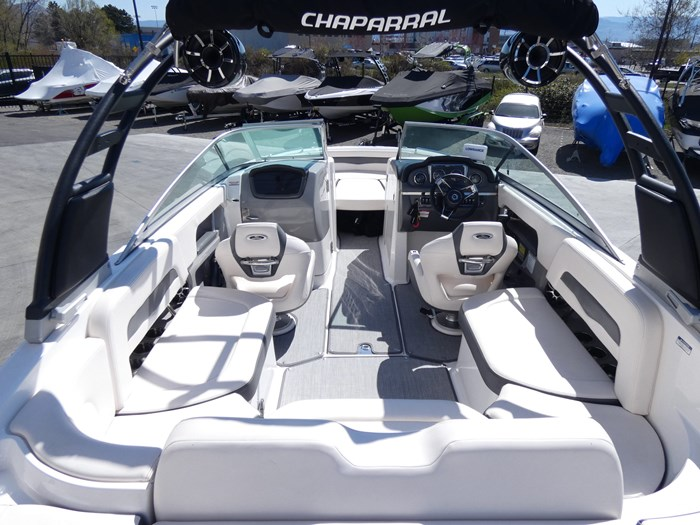 2018 Chaparral 246 SSI Deluxe Photo 10 of 24