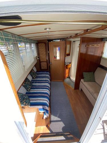 1980 Custom 36 Beaverglass Tri-Cabin Photo 18 sur 49