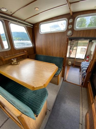 1980 Custom 36 Beaverglass Tri-Cabin Photo 29 sur 49