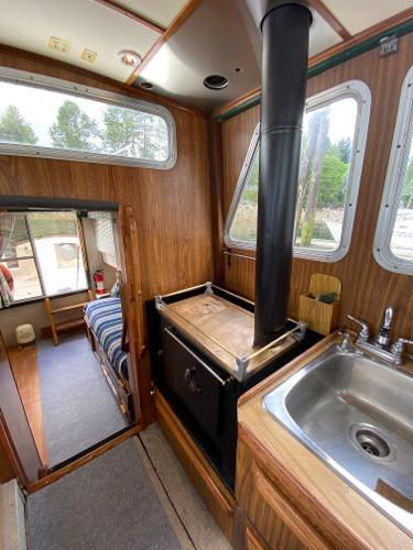 1980 Custom 36 Beaverglass Tri-Cabin Photo 31 sur 49