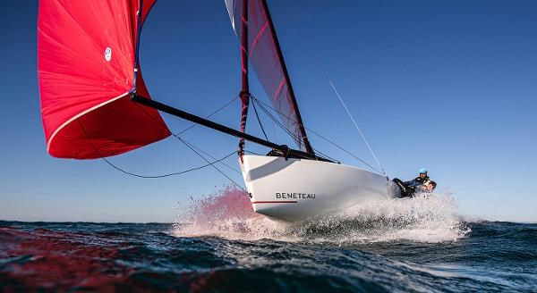 2021 Beneteau FIRST 18 SE Photo 2 of 6
