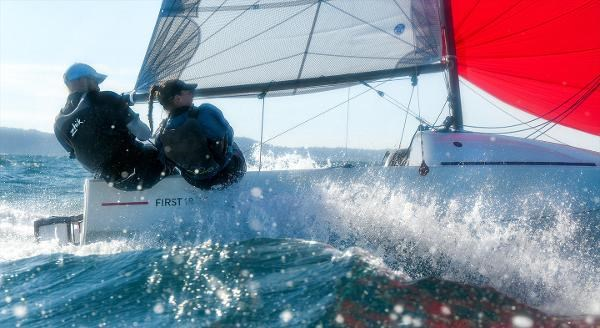 2021 Beneteau FIRST 18 SE Photo 3 of 6