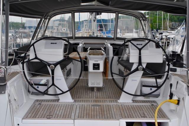 2017 Hanse Yachts Hanse 505 Photo 7 of 43