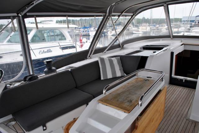 2017 Hanse Yachts Hanse 505 Photo 9 of 43