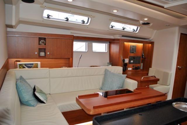 2017 Hanse Yachts Hanse 505 Photo 22 of 43