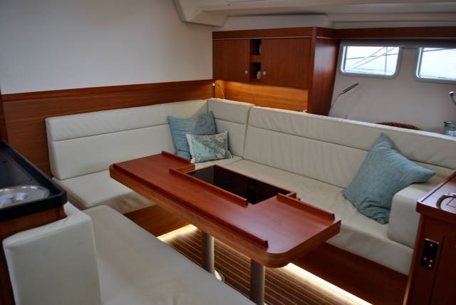 2017 Hanse Yachts Hanse 505 Photo 25 of 43