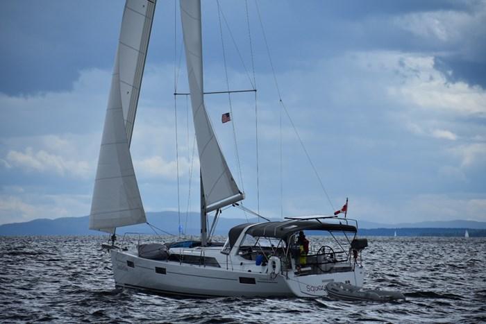 2019 Beneteau Oceanis 41.1 Photo 4 of 70