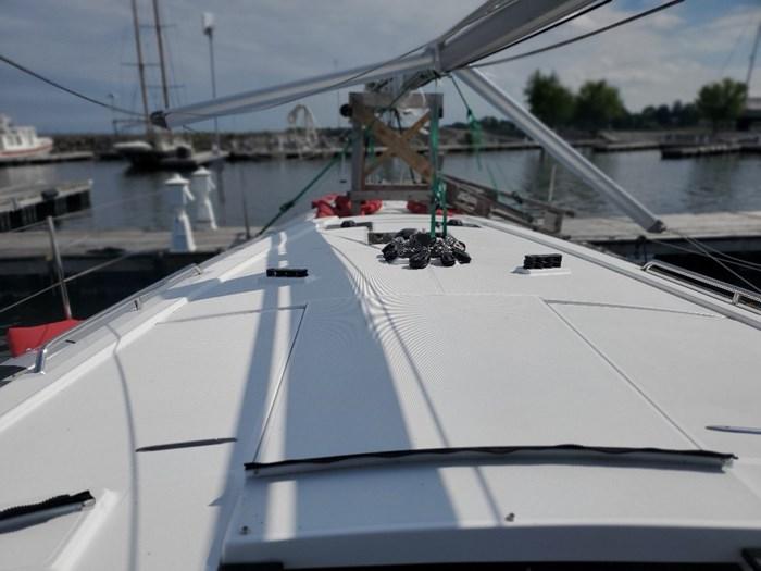 2019 Beneteau Oceanis 41.1 Photo 30 of 70