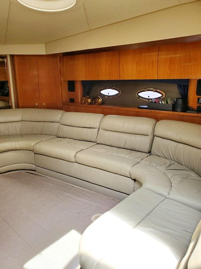 2005 Cruisers Yachts 500 Express Photo 20 of 44