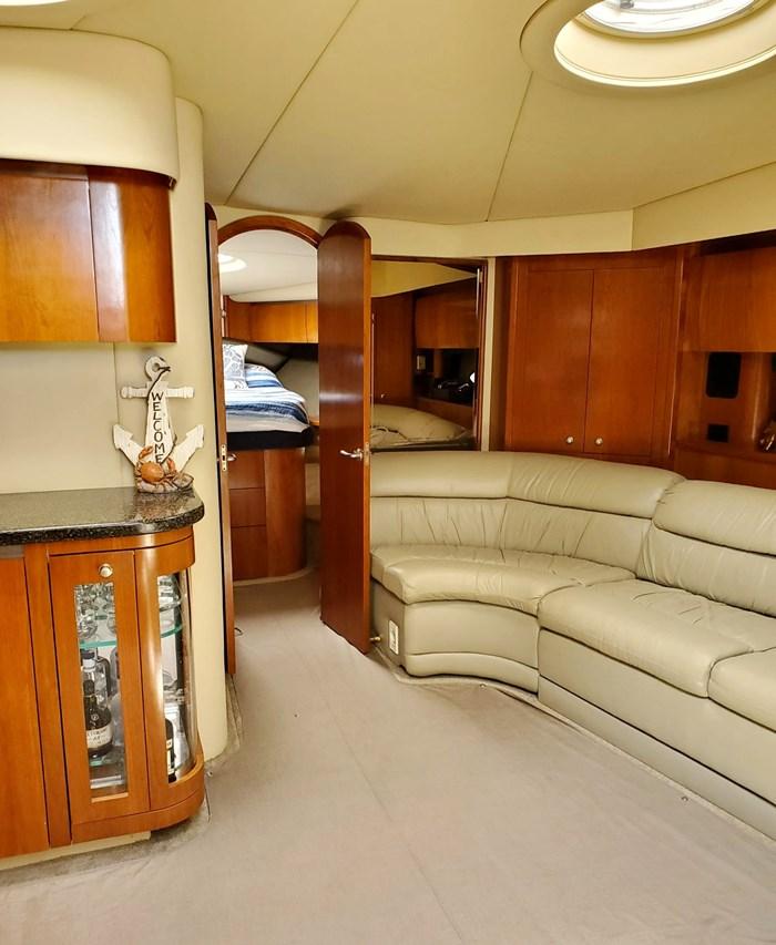 2005 Cruisers Yachts 500 Express Photo 18 of 44