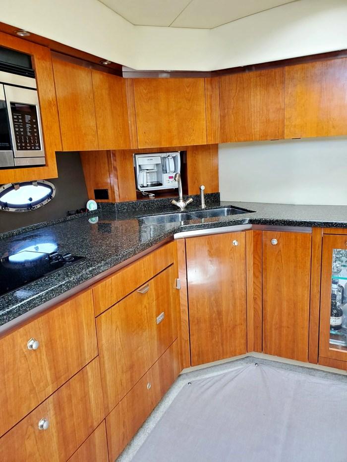 2005 Cruisers Yachts 500 Express Photo 30 of 44