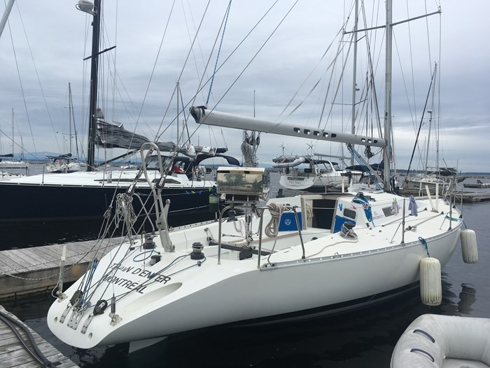 1987 Beneteau First Classic 12 Photo 2 of 13