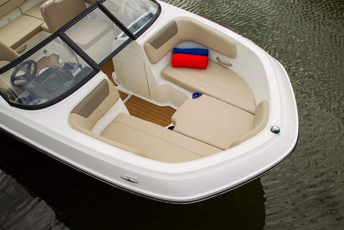 2021 Bayliner VR6 Bowrider - Outboard Photo 9 sur 27