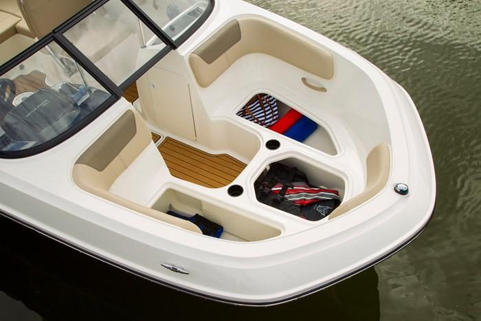 2021 Bayliner VR6 Bowrider - Outboard Photo 12 sur 27