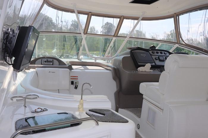 2008 Cruisers Yachts Cruisers 455 Photo 9 of 62