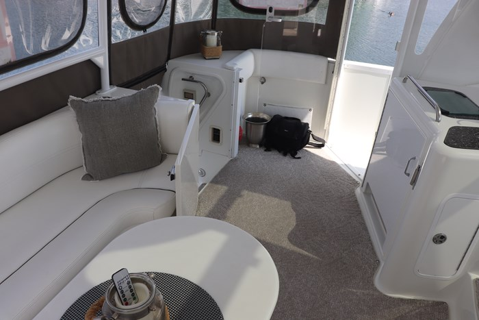 2008 Cruisers Yachts Cruisers 455 Photo 12 of 62