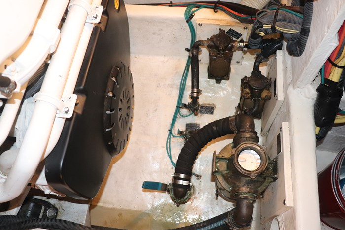 2008 Cruisers Yachts Cruisers 455 Photo 55 of 62