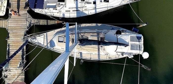 1990 Ericson Yachts 38-300 Photo 8 sur 20
