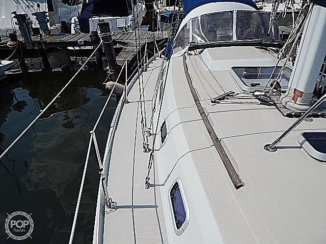 1990 Ericson Yachts 38-300 Photo 20 sur 20