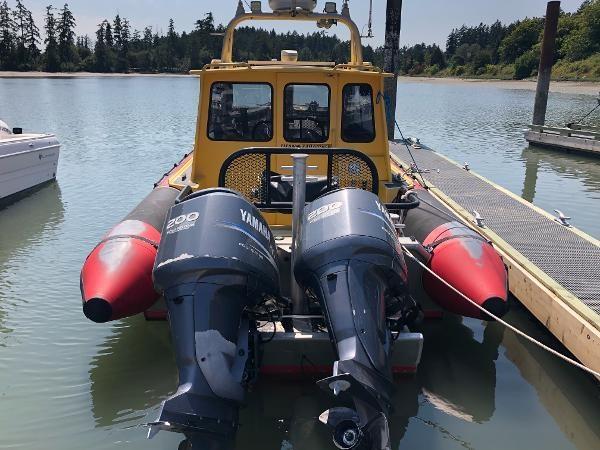 2001 Titan 249 XL Offshore Cabin Photo 3 sur 18