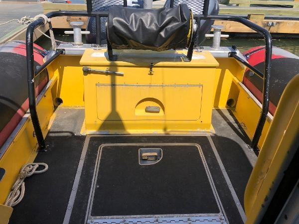 2001 Titan 249 XL Offshore Cabin Photo 16 sur 18