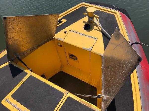 2001 Titan 249 XL Offshore Cabin Photo 17 sur 18