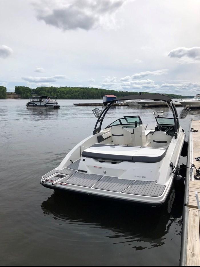 2018 Sea Ray SPX 210 4.5L 250cv Photo 4 of 9