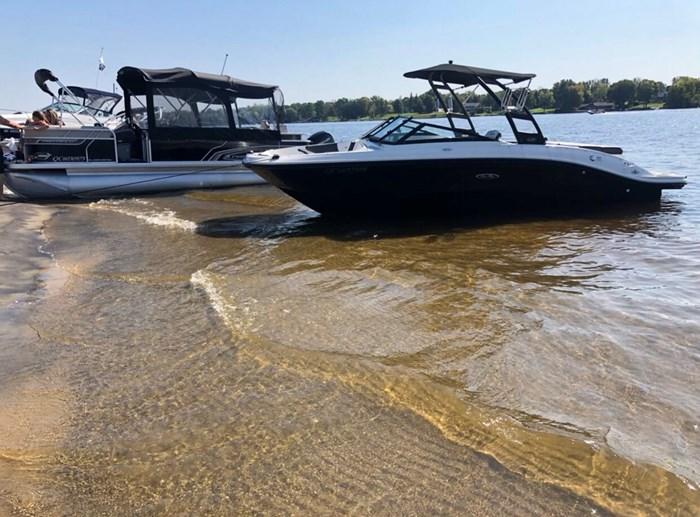 2018 Sea Ray SPX 210 4.5L 250cv Photo 6 of 9