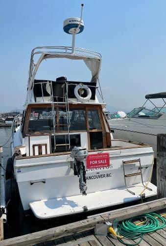 1991 Bayliner 3288 Motoryacht Photo 2 sur 65