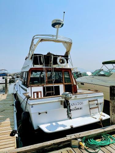 1991 Bayliner 3288 Motoryacht Photo 3 sur 65