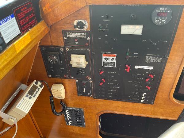 1991 Bayliner 3288 Motoryacht Photo 37 sur 65