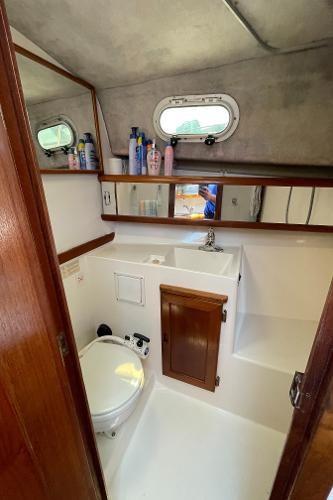 1991 Bayliner 3288 Motoryacht Photo 47 sur 65