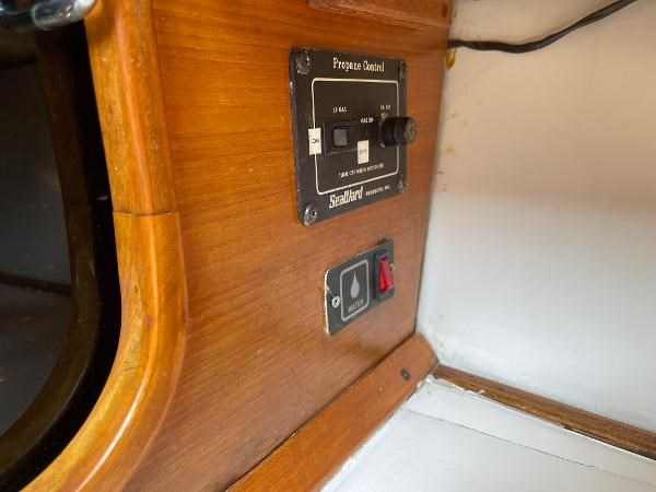 1991 Bayliner 3288 Motoryacht Photo 55 sur 65