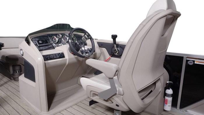 2022 Legend Q-Series Dual Lounge Photo 12 sur 19
