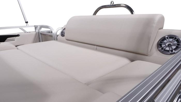 2022 Legend Q-Series Dual Lounge Photo 15 sur 19