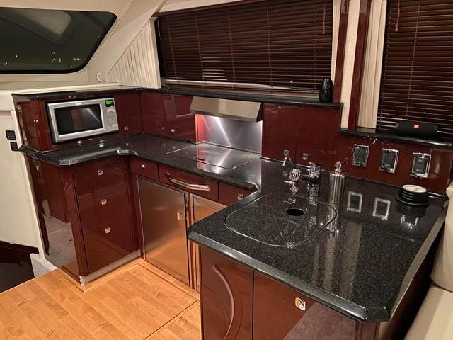 2011 Sea Ray 520 Sedan Photo 42 of 48