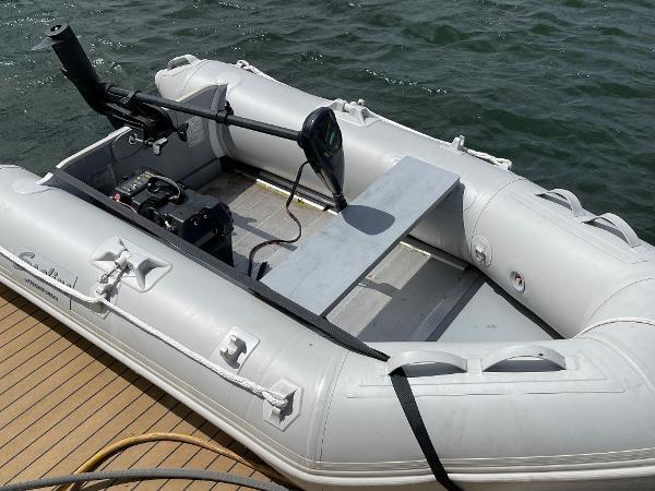 2003 Sealine S37 Sports Cruiser Photo 13 sur 56