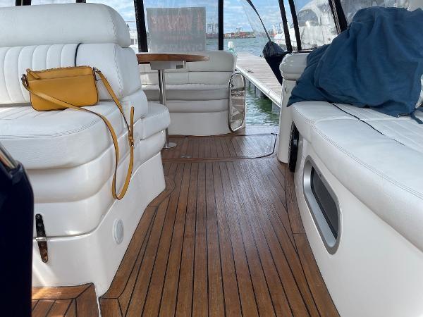 2003 Sealine S37 Sports Cruiser Photo 24 sur 56