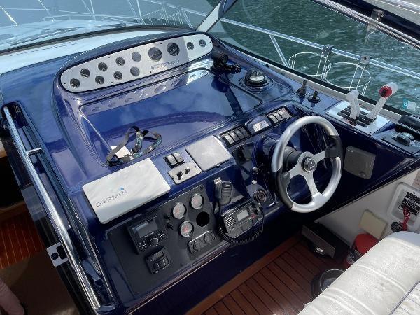 2003 Sealine S37 Sports Cruiser Photo 26 sur 56