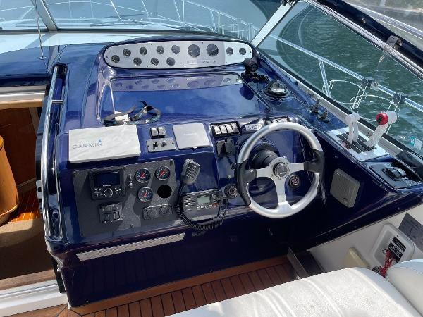 2003 Sealine S37 Sports Cruiser Photo 27 sur 56