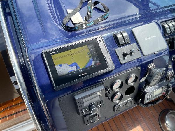 2003 Sealine S37 Sports Cruiser Photo 28 sur 56