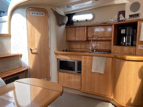 2003 Sealine S37 Sports Cruiser Photo 30 sur 56