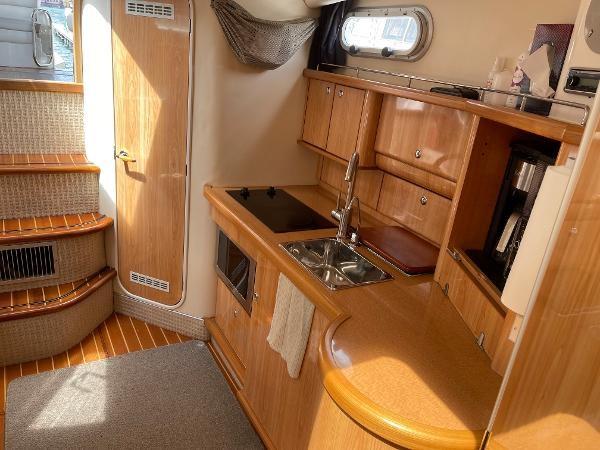 2003 Sealine S37 Sports Cruiser Photo 35 sur 56